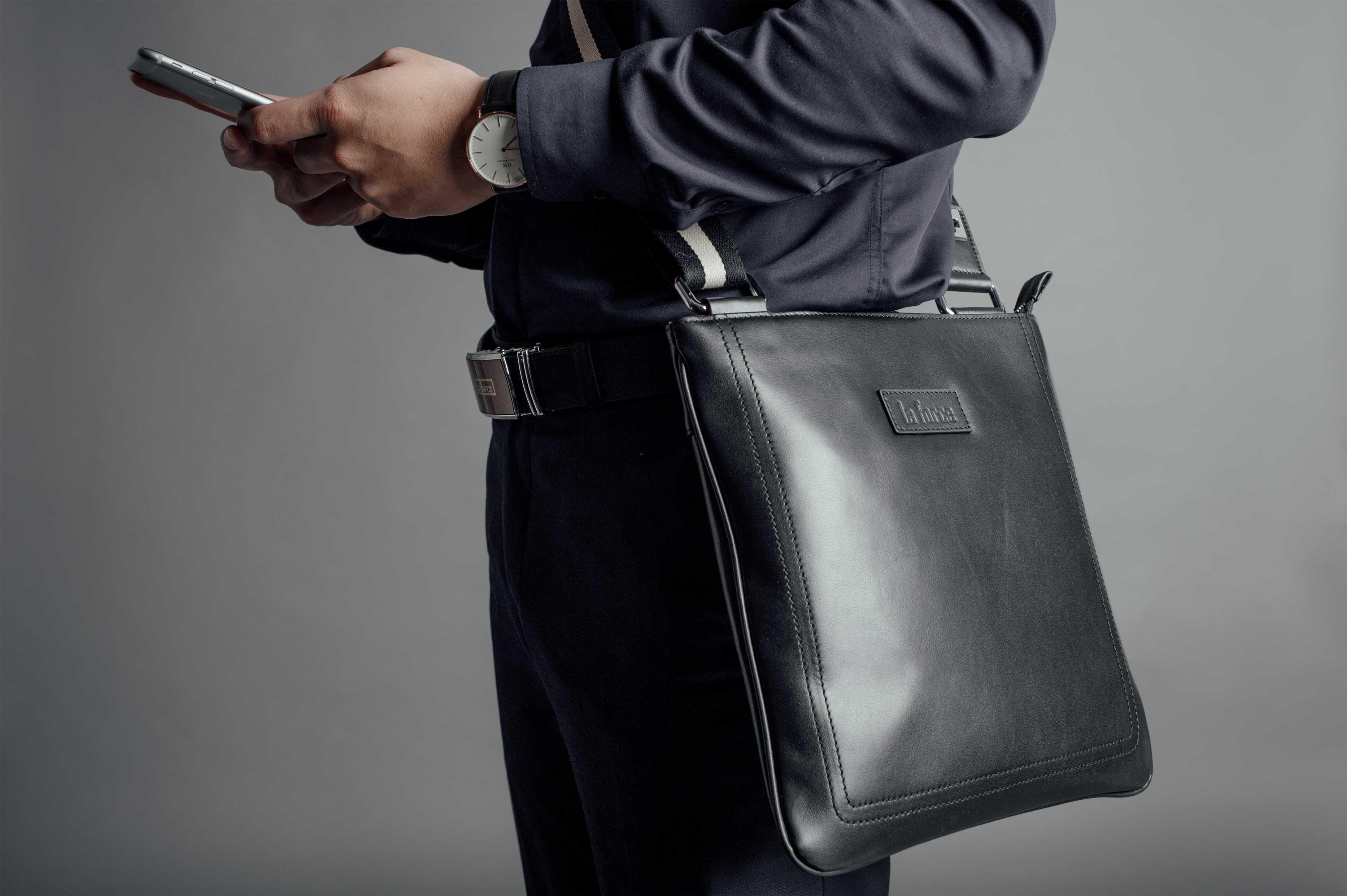 3 lưu ý túi đựng ipad mini da thật sang chảnh cho nam giới-2