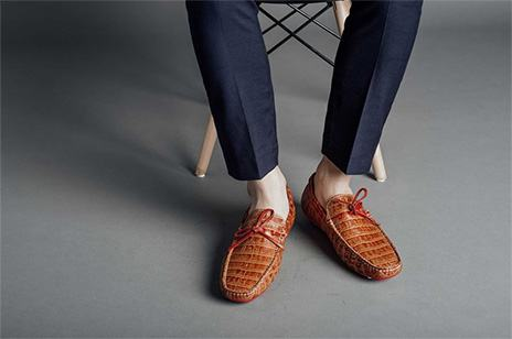 Basic summer shoes for men!