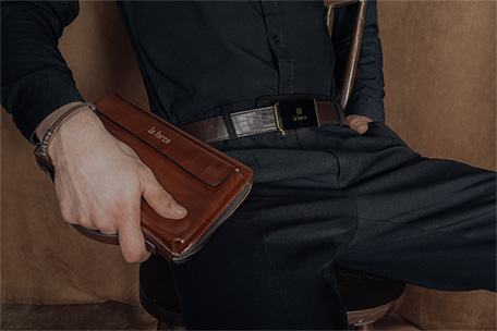 Men's clutch