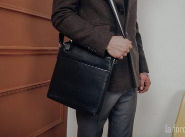 Phối đồ cùng túi đựng máy tính bảng cho cánh mày râu