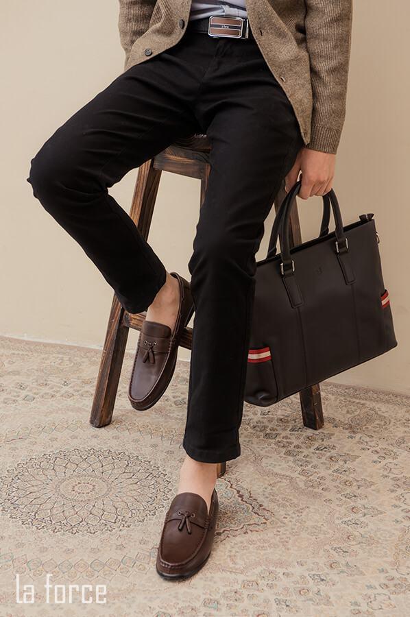 giày nam kết hợp quần jean