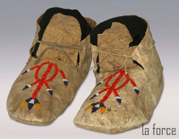 giày moccasin