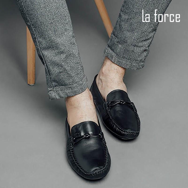 có nên tặng giày cho người yêu