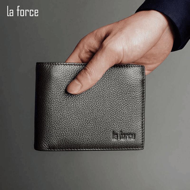 chọn ngày mua ví tiền đẹp