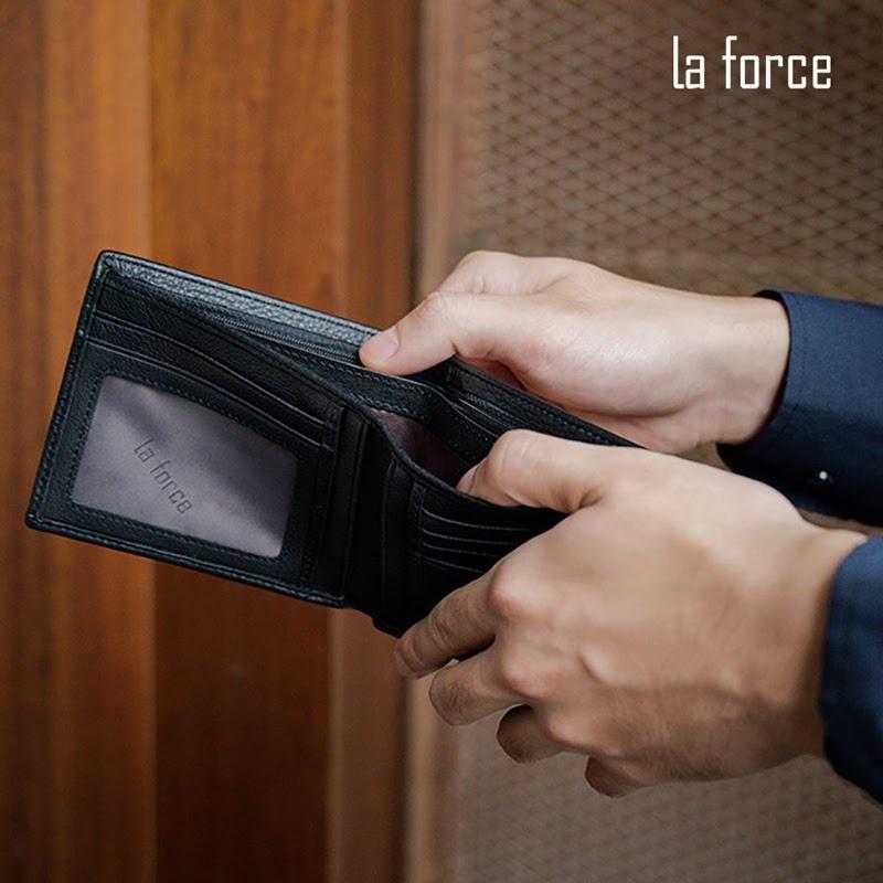 mệnh mộc dùng ví màu gì