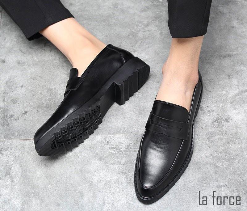 giày nam bị rộng phải làm sao
