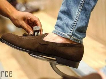 Bật mí chi tiết 5 cách vệ sinh giày da lộn hiệu quả 99%!