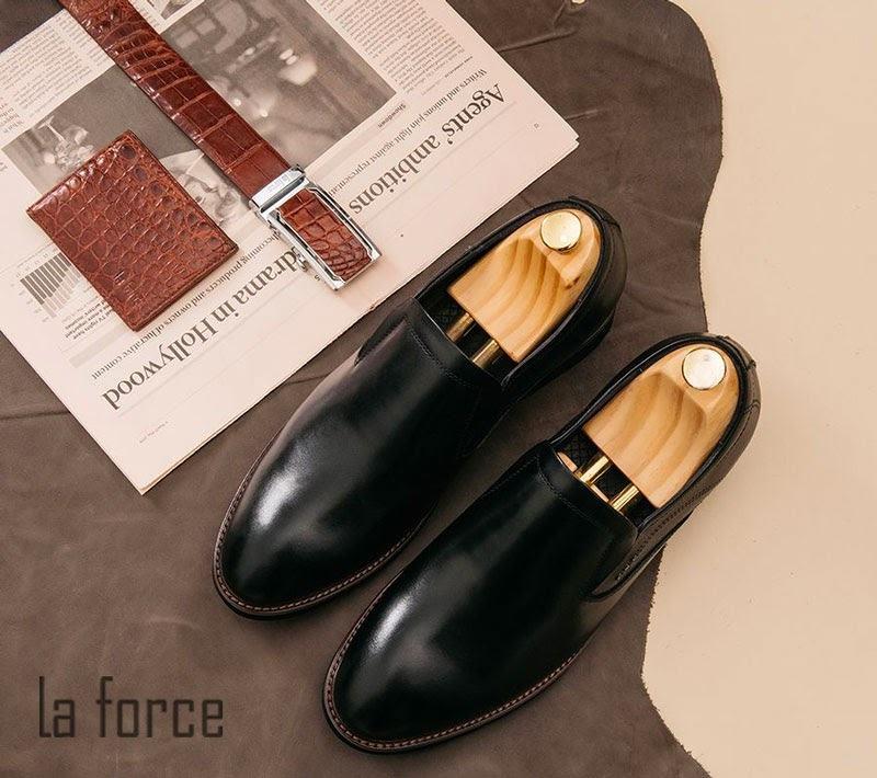 cách làm giày khô nhanh