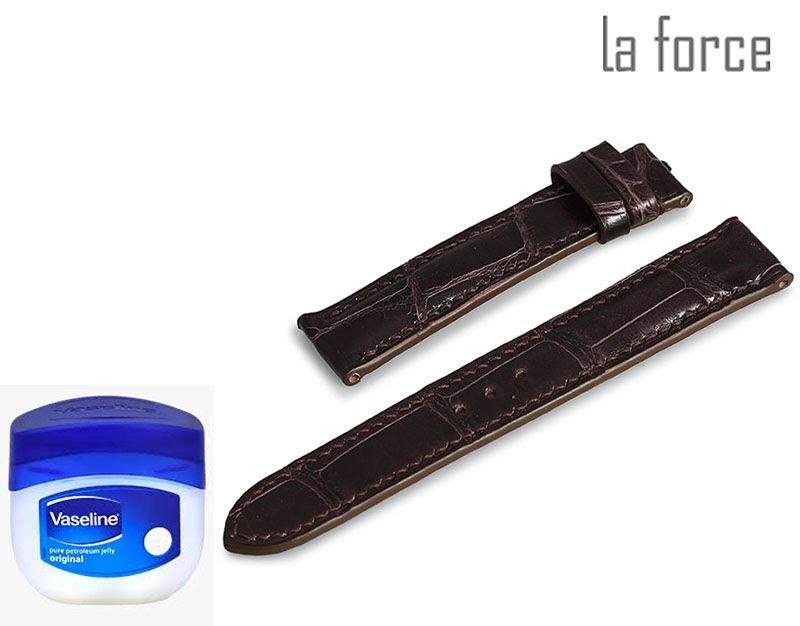 làm mềm dây da đồng hồ bằng vaseline