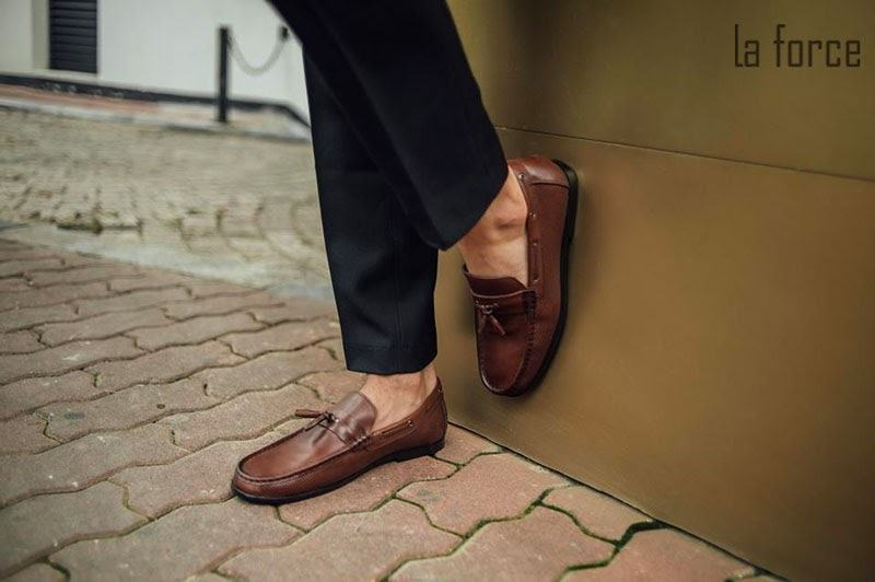 đi giày bị hôi chân