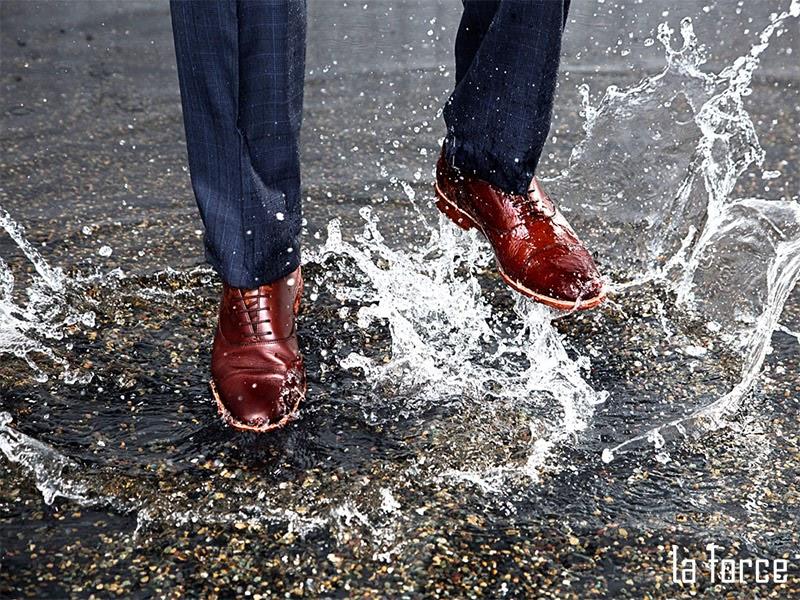 cách sửa giày bị tróc da
