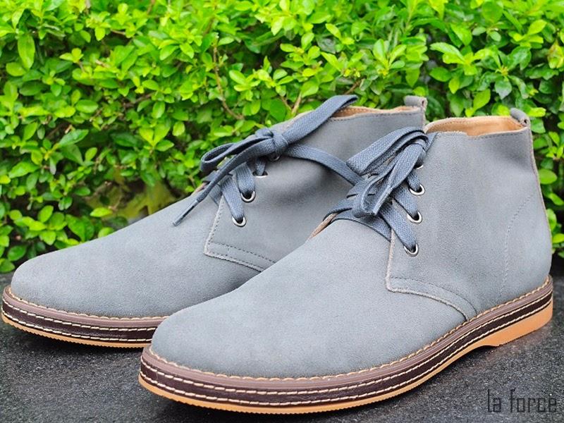 giày màu xám hợp với quần màu gì