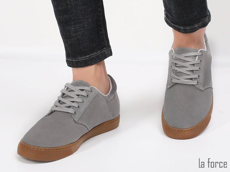 giày màu xám