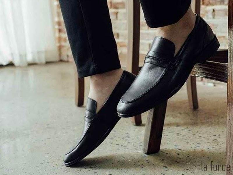 phối giày màu xám