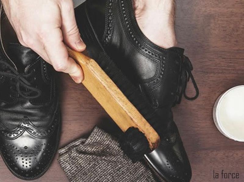 cách đánh giày da