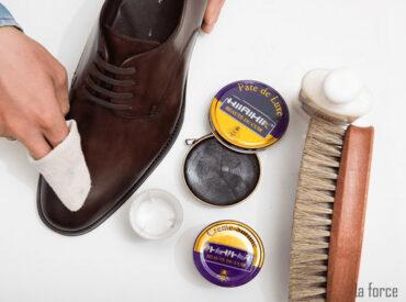 Hướng dẫn chi tiết cách đánh giày tại nhà giúp duy trì độ bền, sáng bóng!