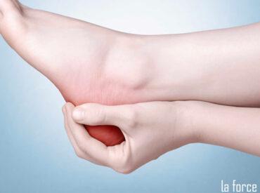 Mang giày bị đau gót chân: Nguyên nhân và cách khắc phục!